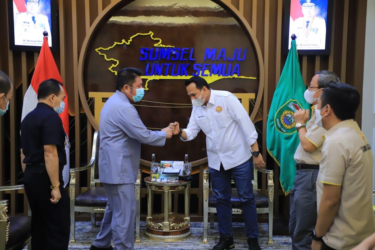Gubernur Sumsel H Herman Deru menerima audiensi pengurus POBSI Sumsel di ruang tamu Gubernur Sumsel, Kamis (1/7).