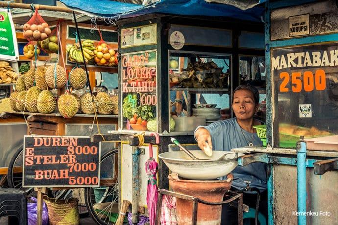 Program Bantuan Tunai untuk Pedagang Kaki Lima dan Warung (BTPKLW),